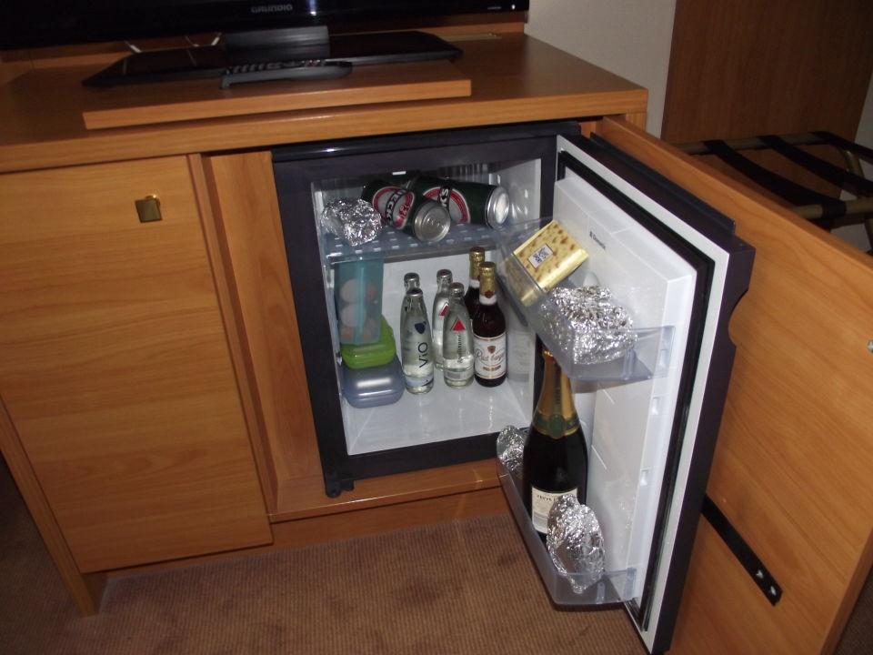 Kleiner Getränkekühlschrank : Kleiner getränkekühlschrank liebherr kühlschrank klein fku
