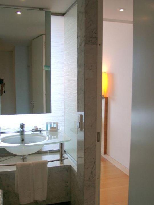 Schönes Badezimmer\
