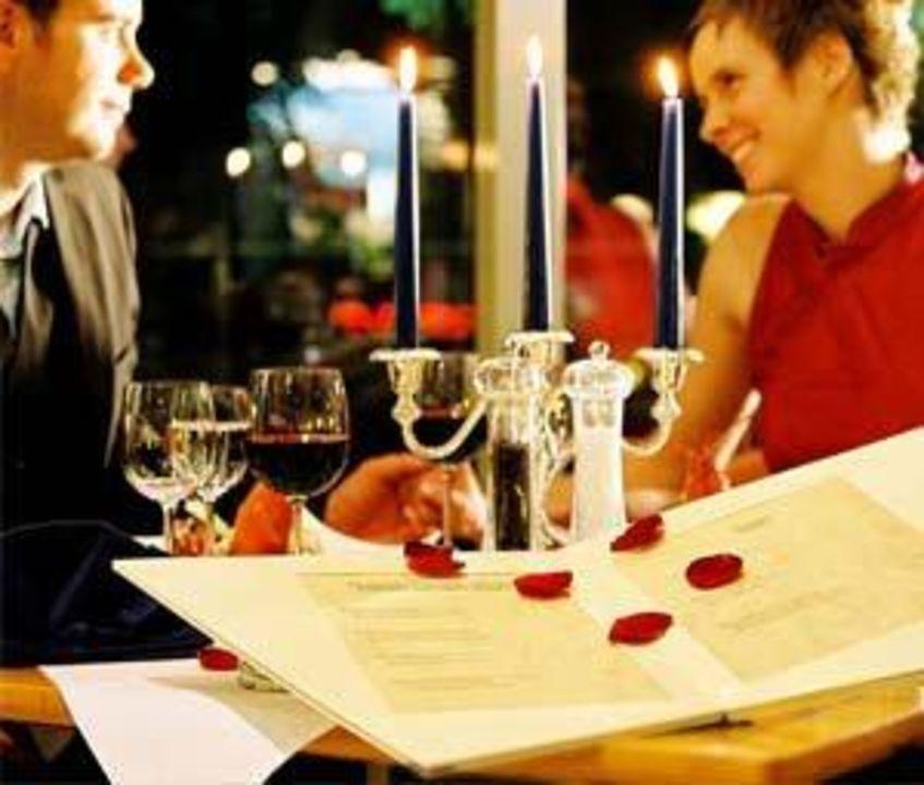 essen zu zweit candle light dinner urlaub berghotel drei br der h he wolkenstein. Black Bedroom Furniture Sets. Home Design Ideas