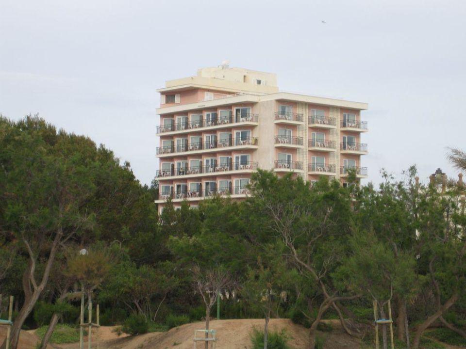 Blick vom Strand auf Hotel Hotel & Appartements Leman