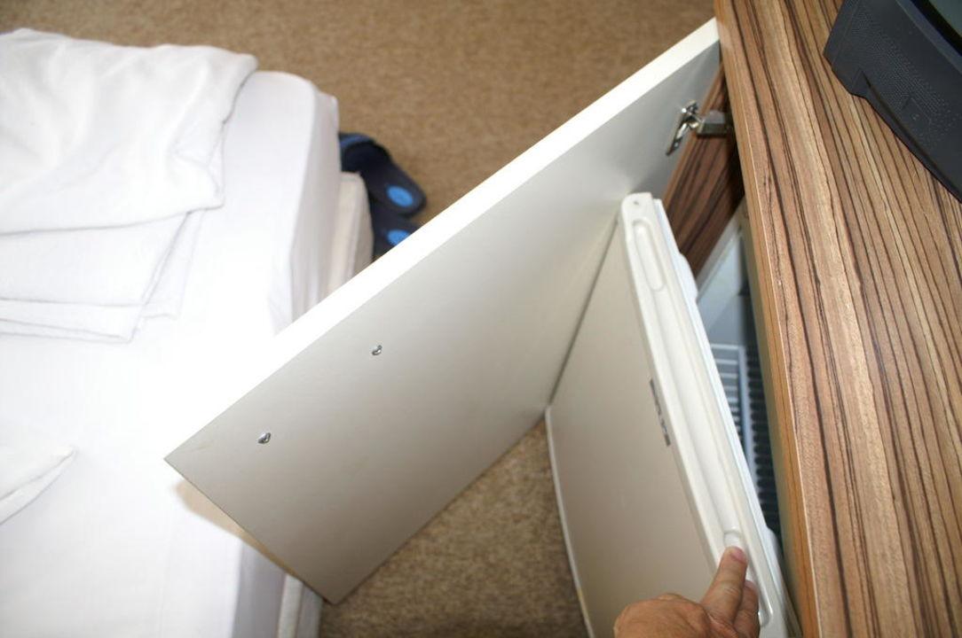 Kleiner Zimmer Kühlschrank : Ville arbia doppelzimmer