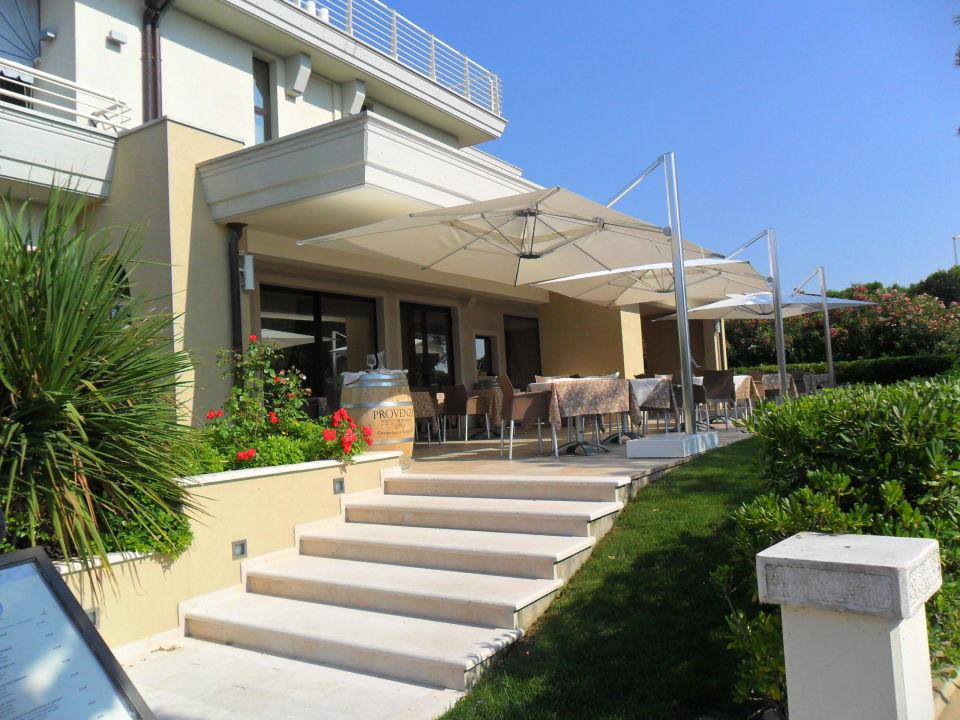 Aussenansicht Hotel Porto Azzurro