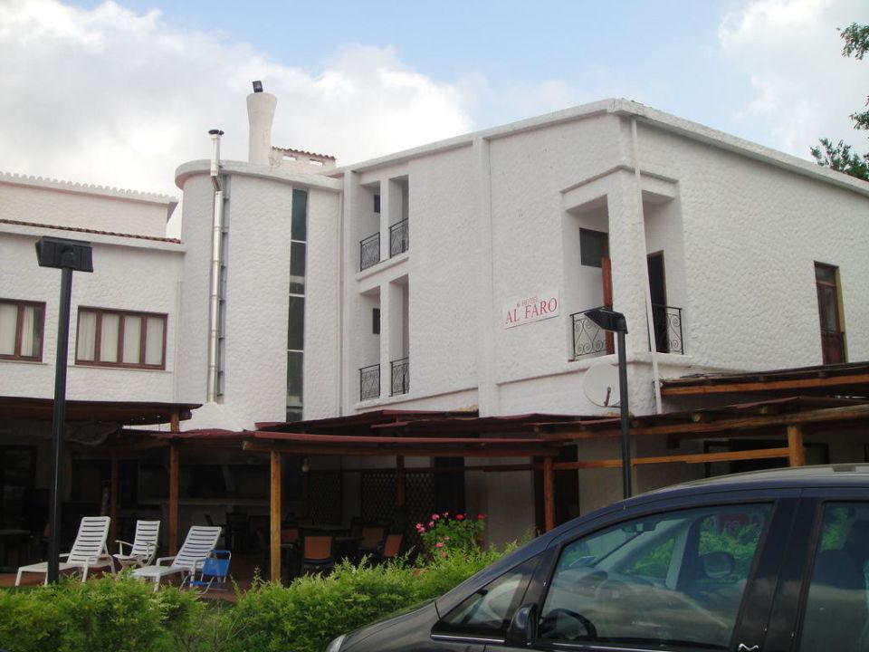 Фасад здания Hotel Al Faro