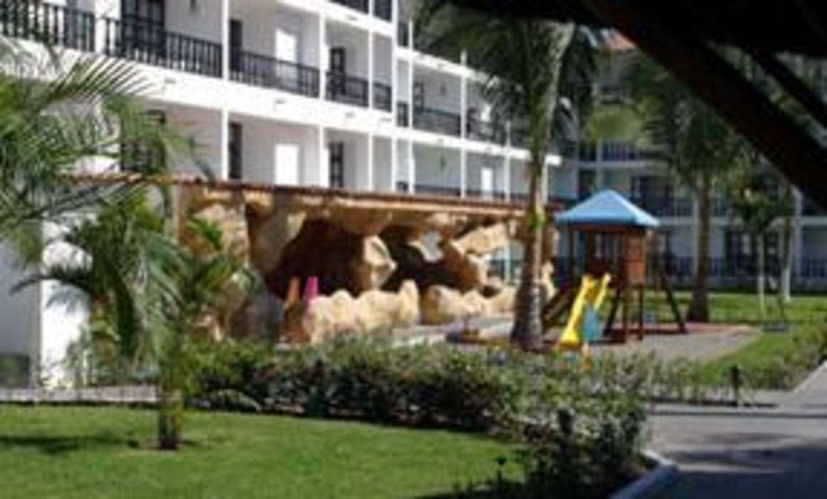 Zimmer und Spielplatz Hotel Playa de Oro