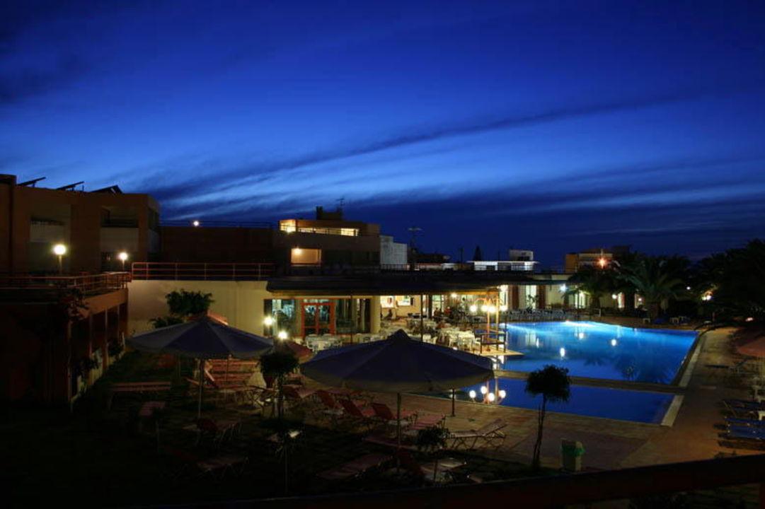 Poolnight Rethymno Village