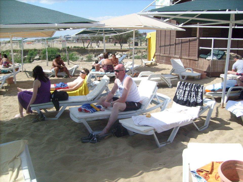 Strand Side Royal Paradise Hotel