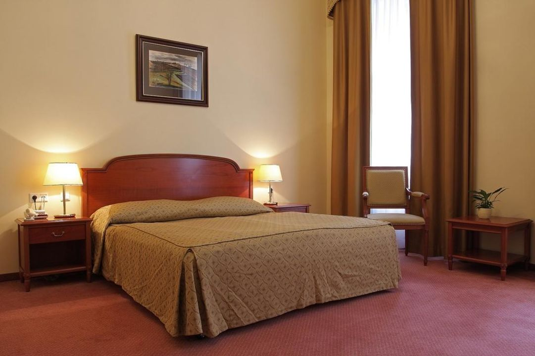 Quot De Luxe Double Room Quot Grandhotel Pupp In Karlsbad Karlovy Vary Holidaycheck Westb 246 Hmen