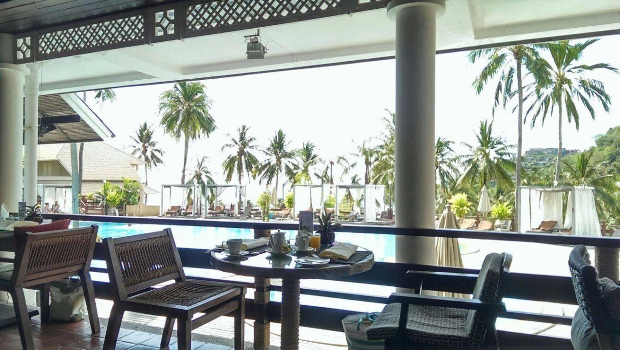 fr hst cken essen mit blick zum pool cape panwa hotel cape panwa holidaycheck phuket. Black Bedroom Furniture Sets. Home Design Ideas