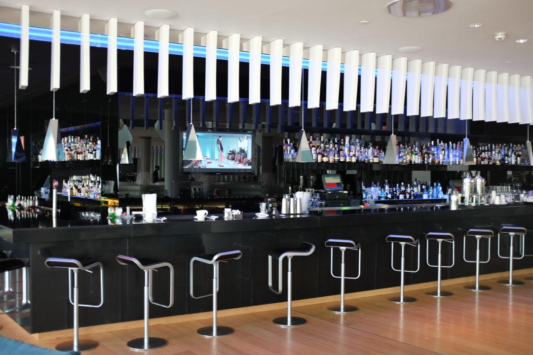 Bar w barcelona hotel barcelona holidaycheck for W barcelona bar