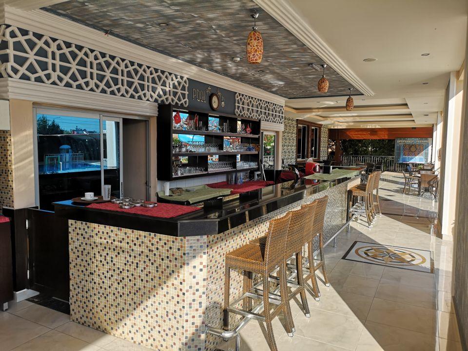 Pool Side West Park Hotel