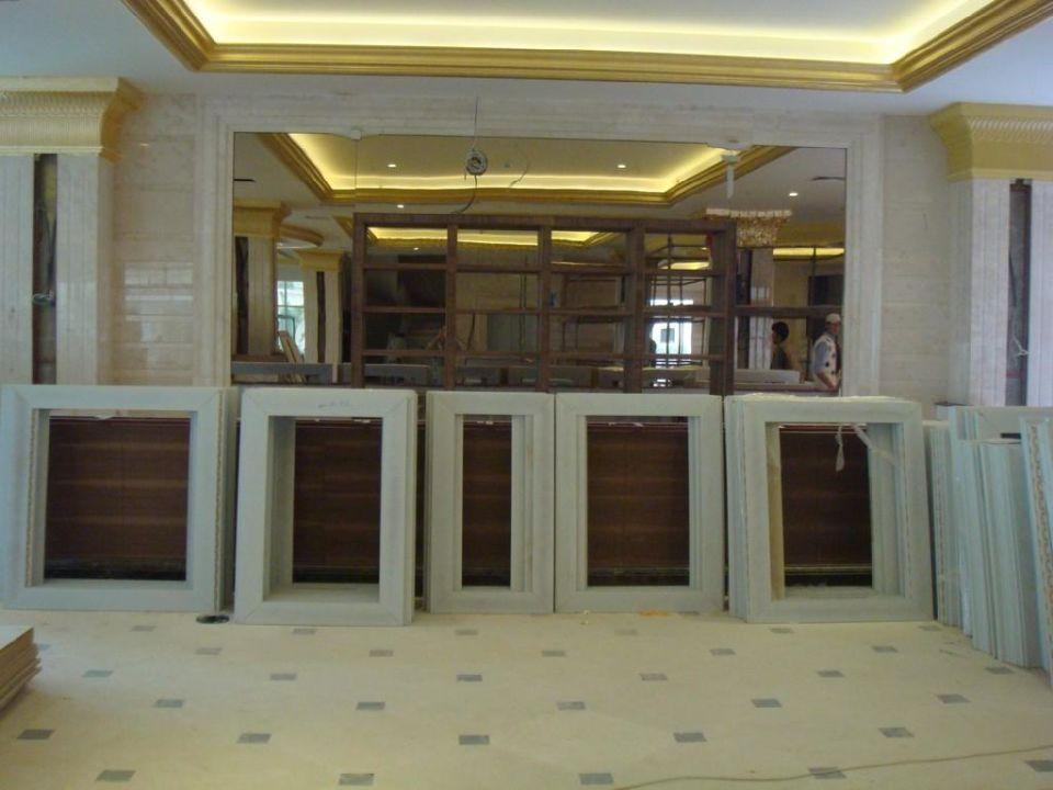 Lobby Bar Crystal Palace Luxury Resort & Spa