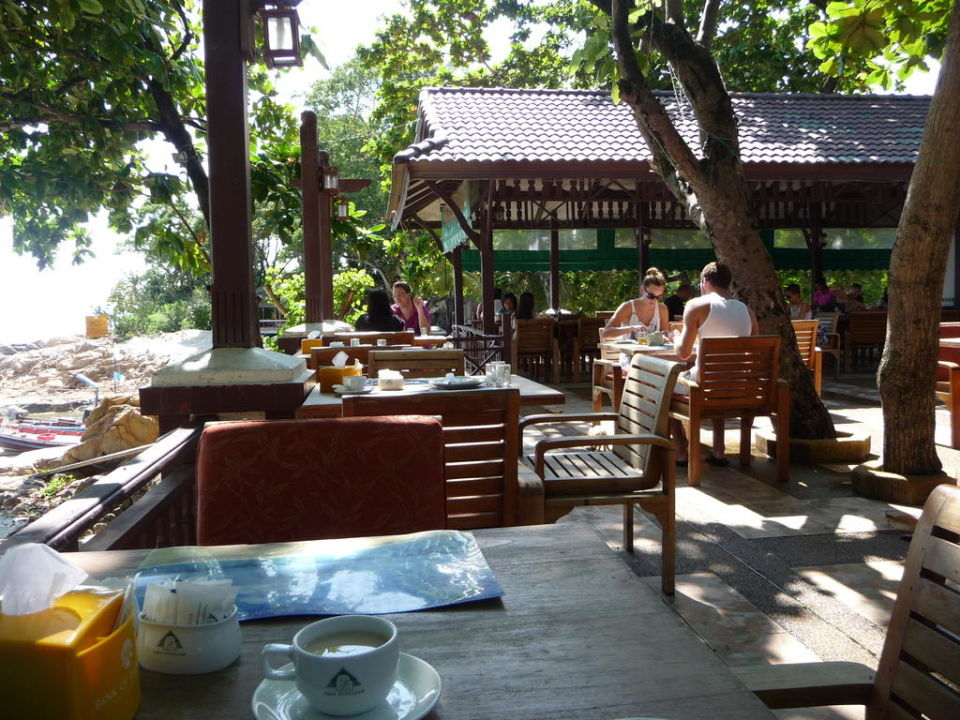 Beim Frühstück Hotel First Bungalow Beach Resort