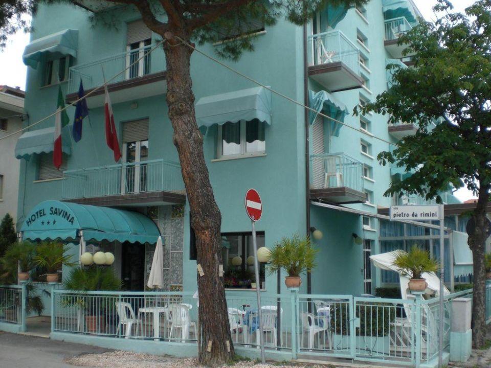 Front Hotel Savina