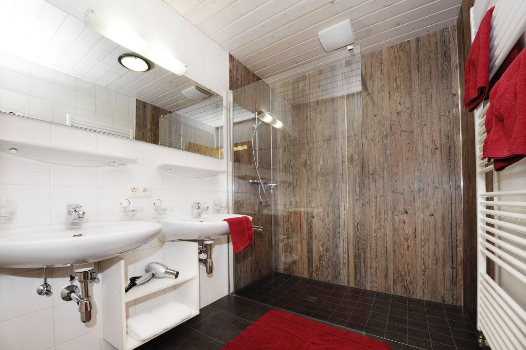 Badezimmer Apartment Rotbühlspitze