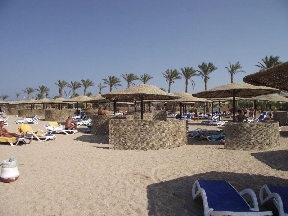 Wycinek plaży Golden 5 Sapphire Suites Hotel by Princess Egypt Hotels