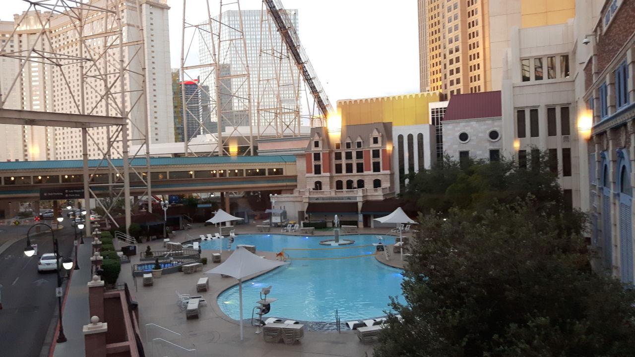Pool Hotel New York New York Las Vegas Holidaycheck Nevada Usa