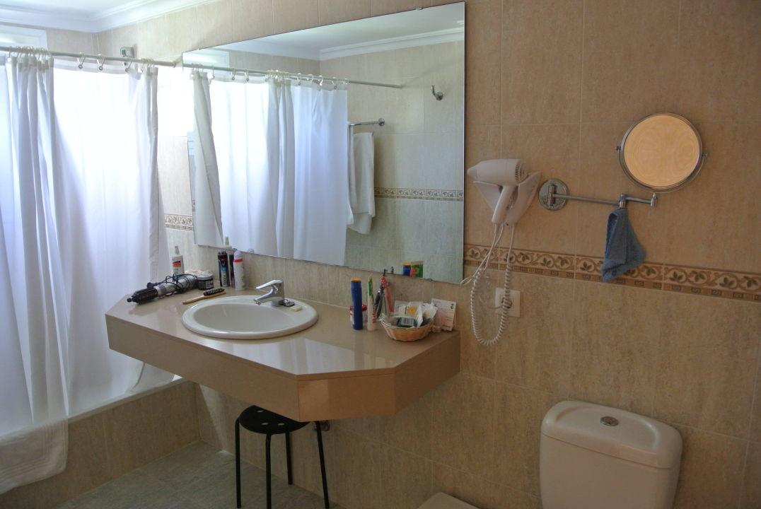 bild balkonausblick zu universal hotel castell royal in. Black Bedroom Furniture Sets. Home Design Ideas