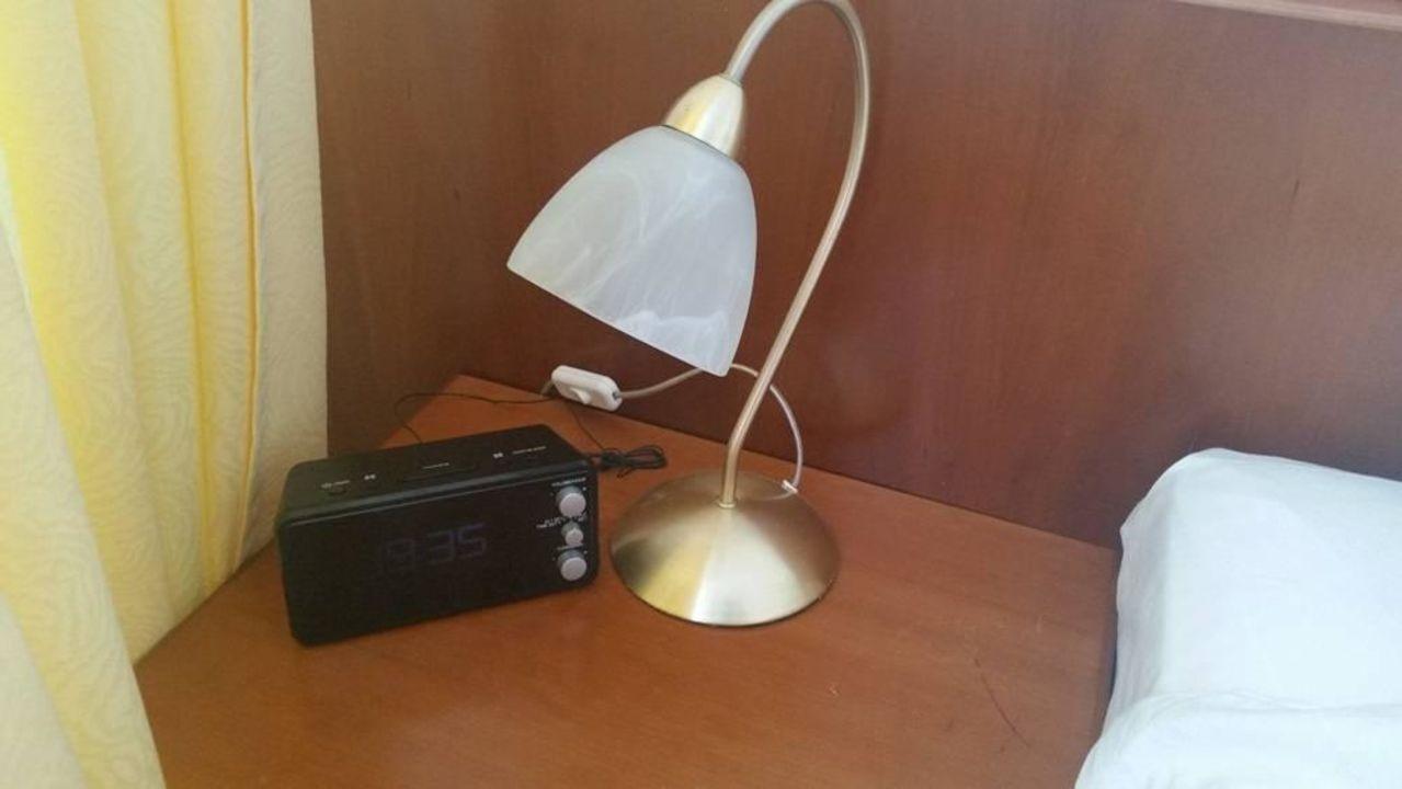 Moderne nachttischlampe kurhotel sanddorn