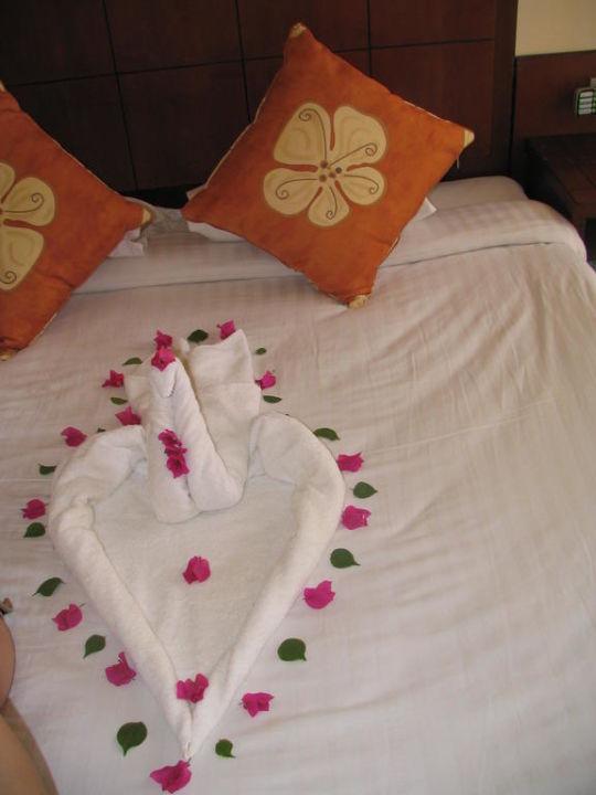 1 USD tip Hotel Tropicana Azure Club