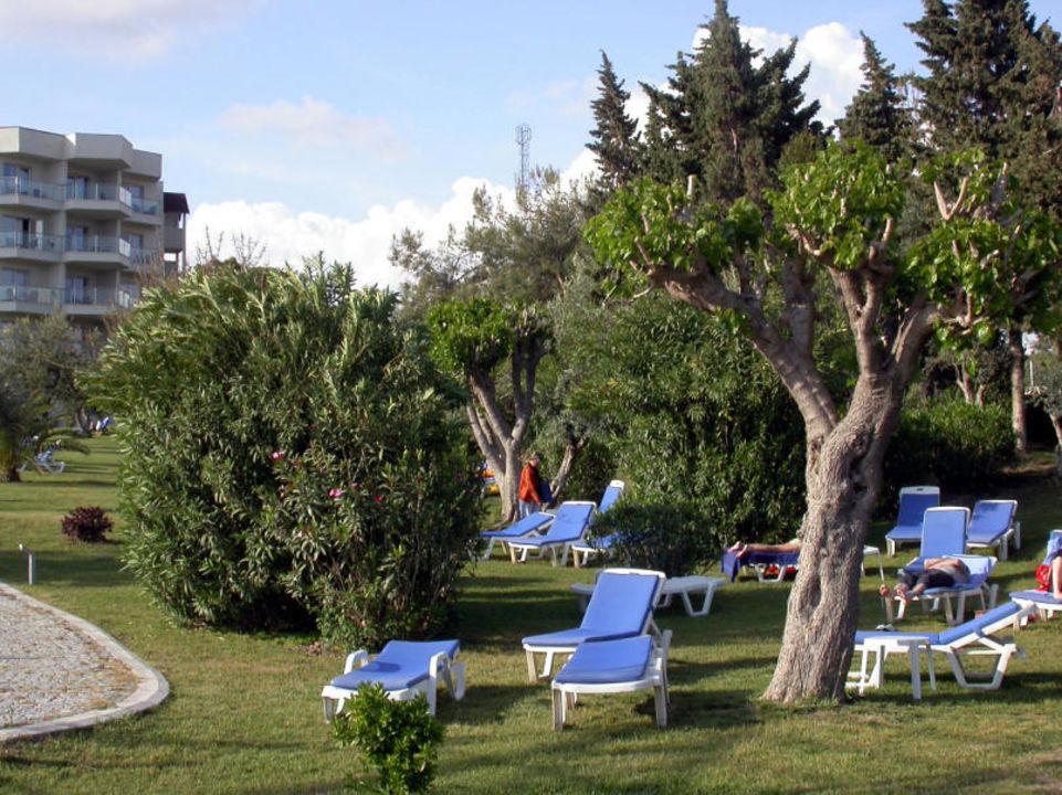 Garten Arcanus Side Resort