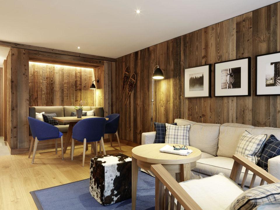 deluxe zimmer l wen hotel montafon schruns holidaycheck vorarlberg sterreich. Black Bedroom Furniture Sets. Home Design Ideas