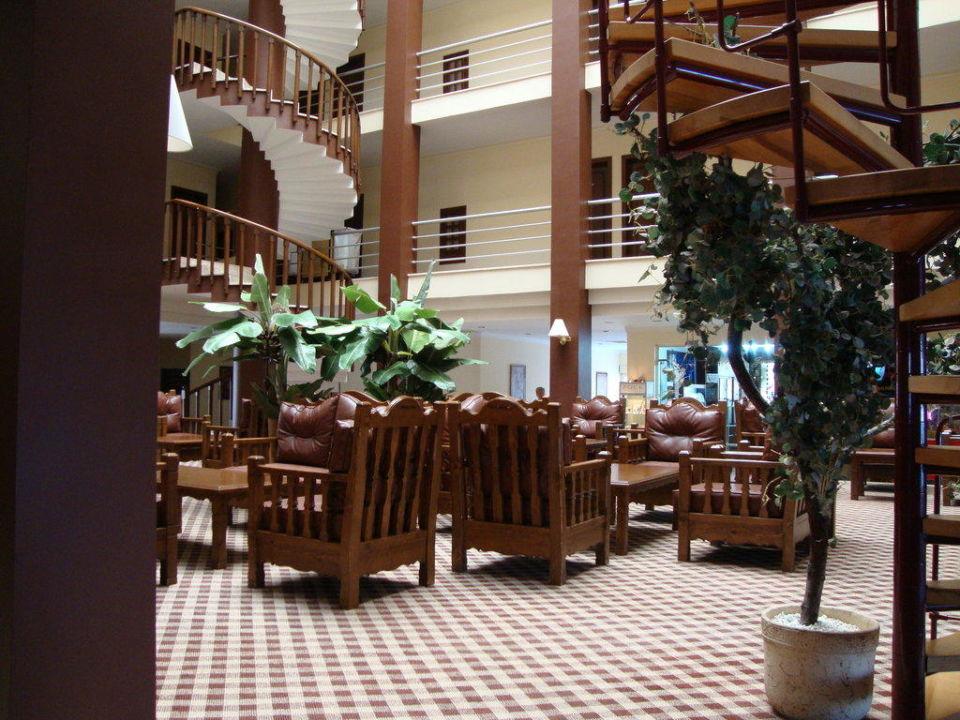Lobby Hotel Nerton