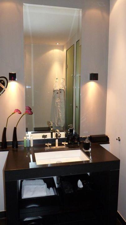 bild t r zum garten zu hotel ceres am meer in binz auf r gen. Black Bedroom Furniture Sets. Home Design Ideas