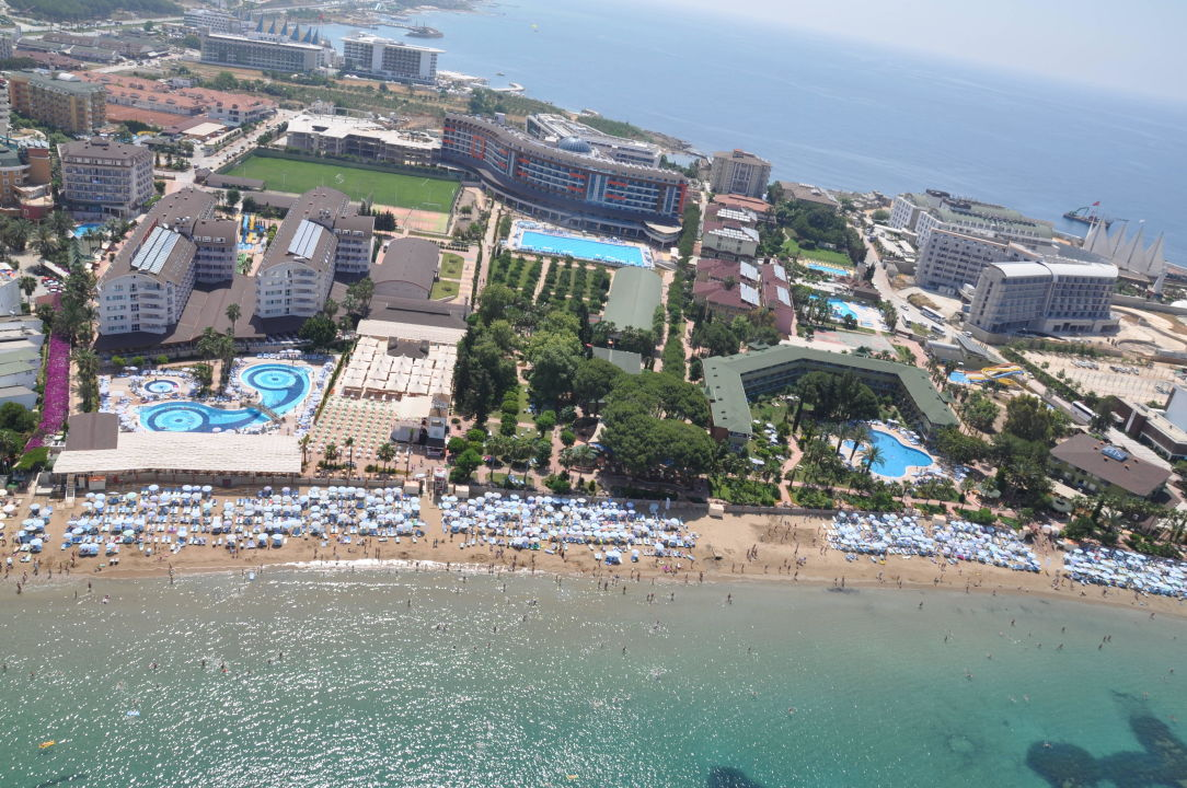 """lonicera World Hotels"" Lonicera World Hotel (avsallar. Merlin Copacabana Hotel. Sevenapart Apartments. Hotel Monasterio. Ponte Sisto Hotel. The Siam Hotel. Adonis Isla Bonita. Hotel Zur Pfeffermuhle. Grand Continental Hotel"
