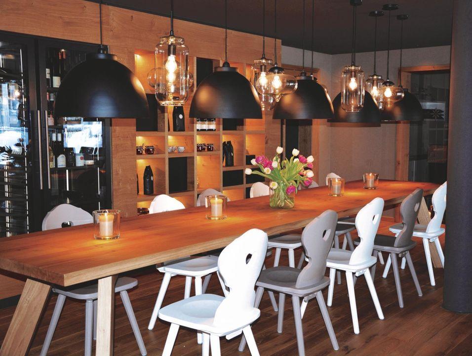 bild alpine cuisine zu das hochgrat in oberstaufen. Black Bedroom Furniture Sets. Home Design Ideas