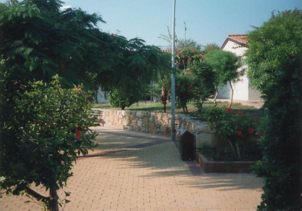 Gartenanlage Kermia Beach Bungalows  (Vorgänger-Hotel – existiert nicht mehr)