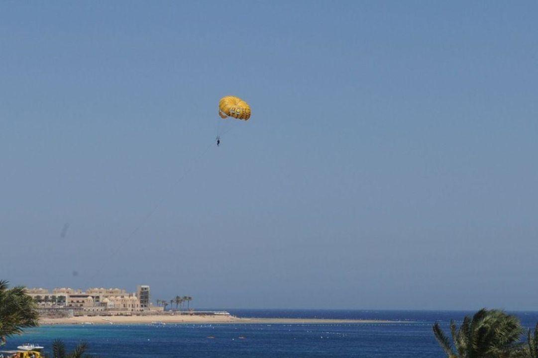 Fallschirmflieger Tia Heights Makadi Bay