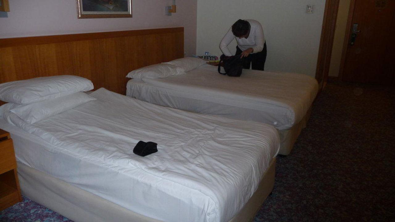 Ein Blick durch das Zimmer Hotel Miracle Resort