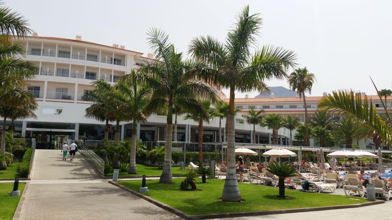 Außenansicht Hotel Riu Arecas - Adults only