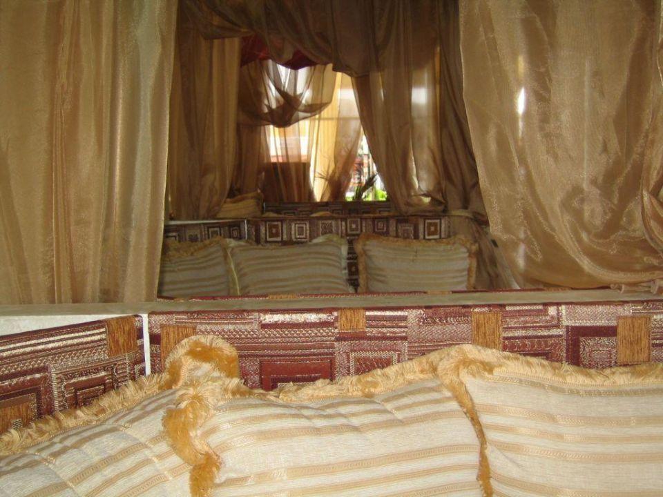 Sitzbereich in der Lobby Suite Hotel Imperial