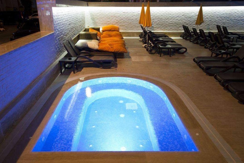 Jacuzzi Xperia Grand Bali Hotel