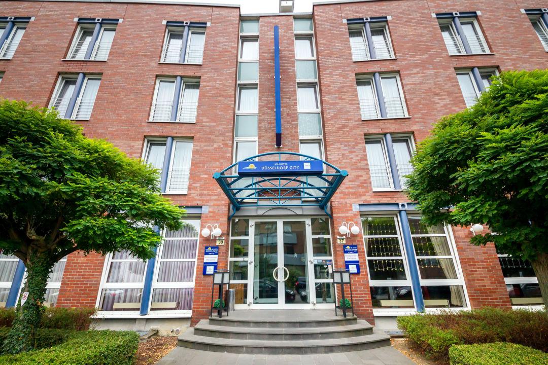 """""""Außenansicht"""" HK Hotel Düsseldorf City (Düsseldorf"""