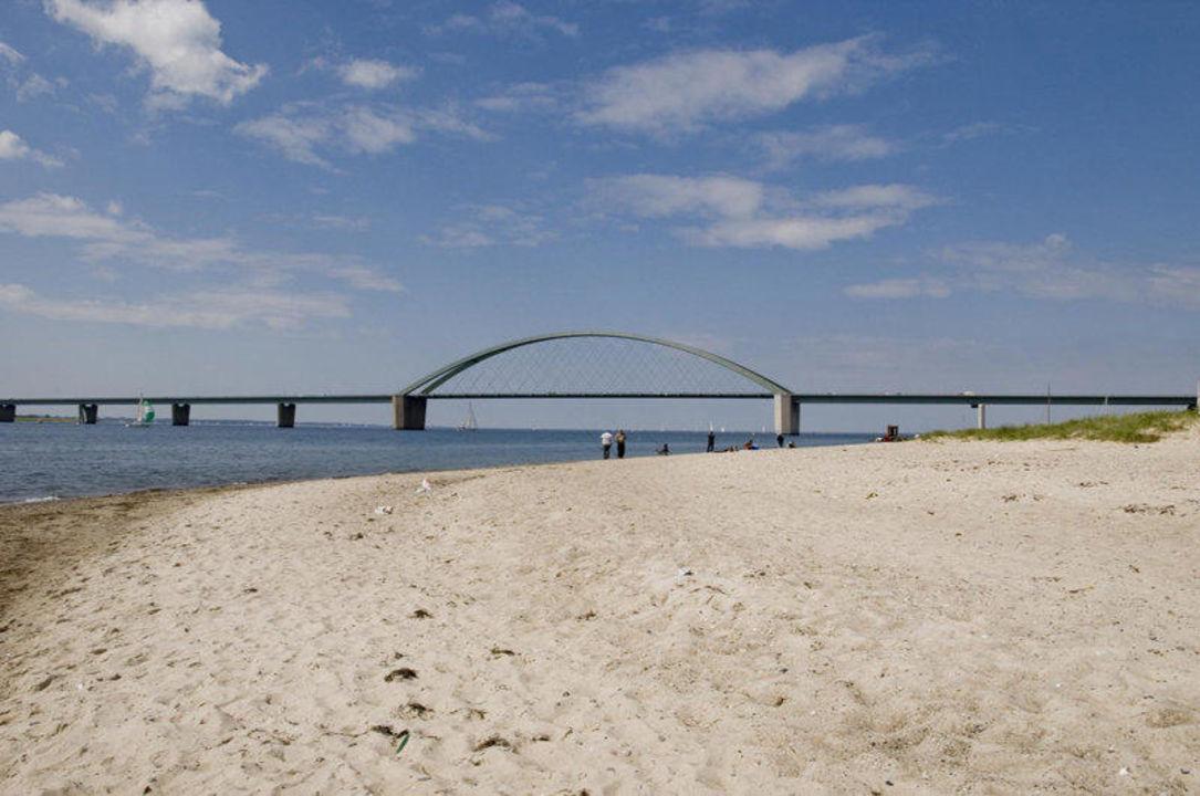 Strand / Fehmarnsundbrücke Fährhaus Fehmarnsund