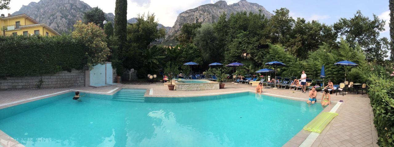 Pool Hotel Limone