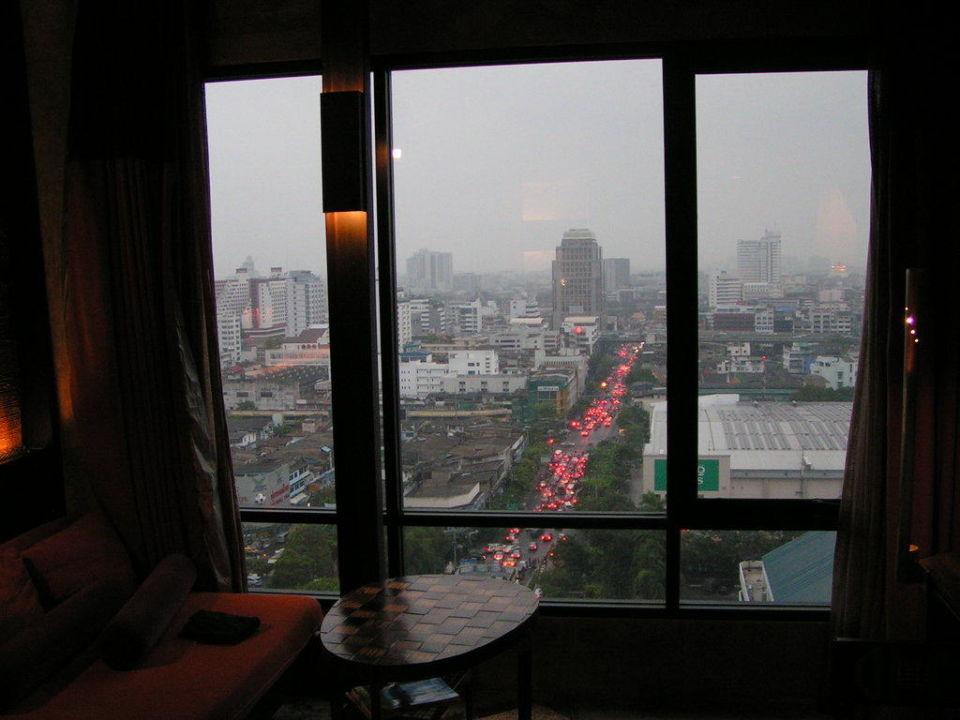 Blick auf Rush Hour Siam @ Siam Design Hotel Bangkok