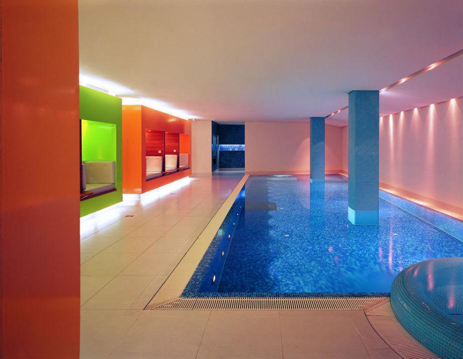 Pool SIDE Design Hotel Hamburg