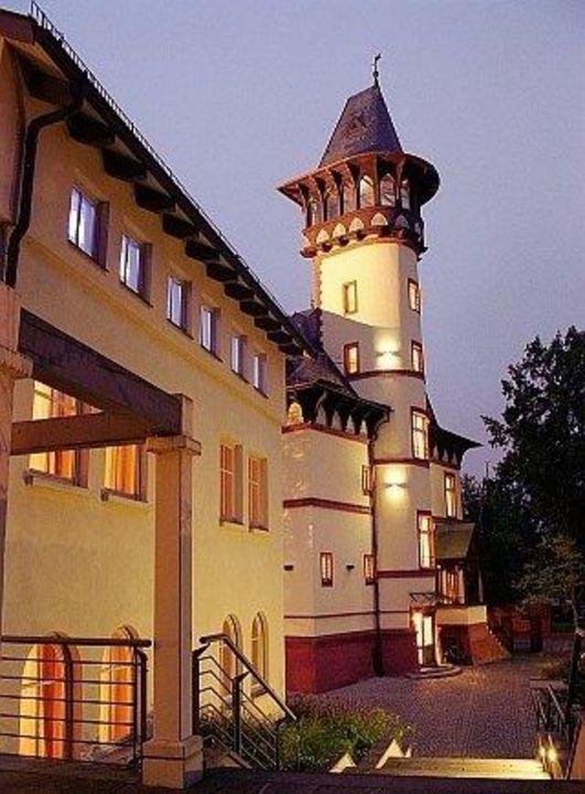 Turm Hotel Villa Monte Vino