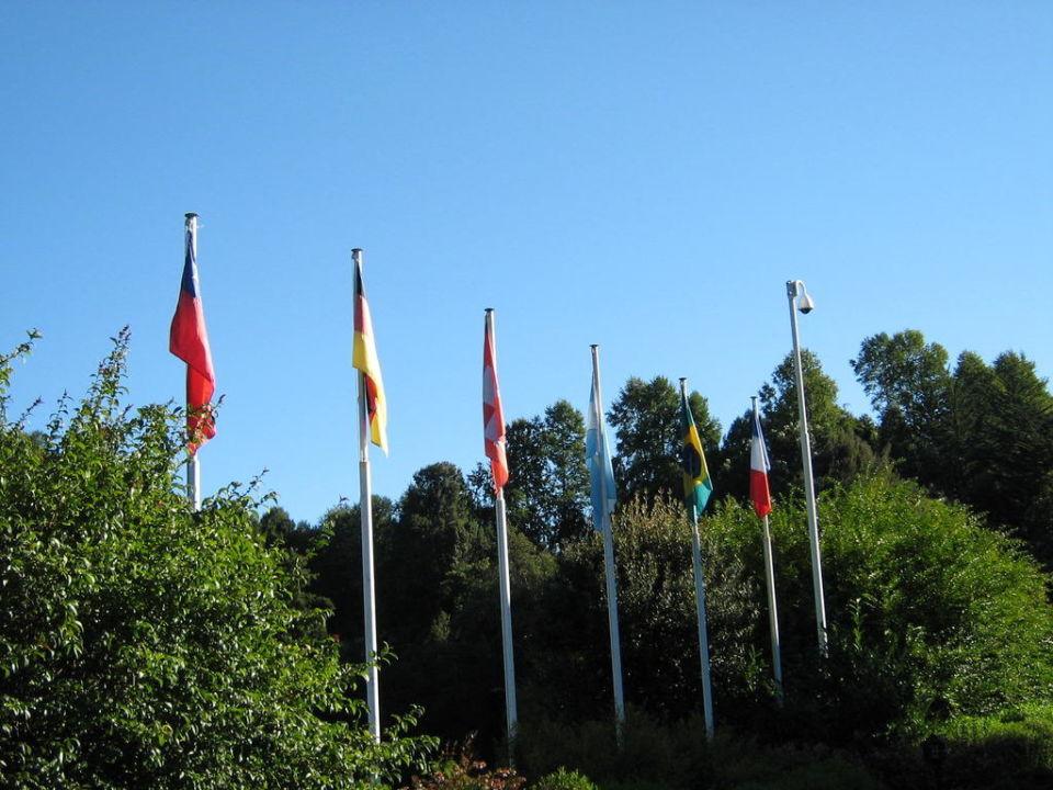 Las banderas. Hotel Termas de Puyehue