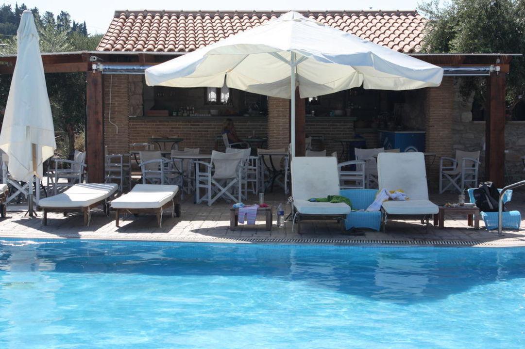 Pool und Bar Paliokaliva Village