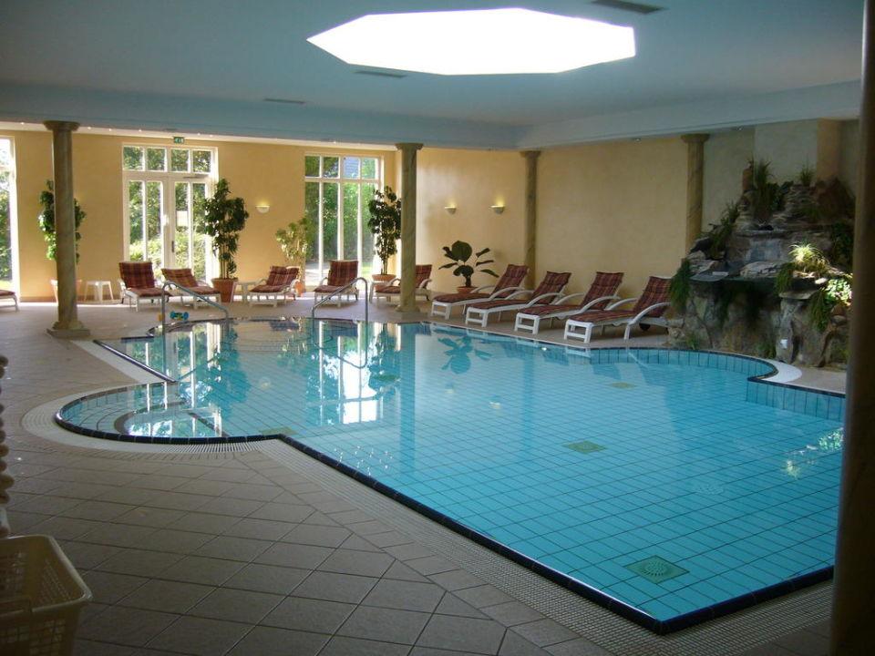pool romantik hotel b sehof bad bederkesa holidaycheck niedersachsen deutschland. Black Bedroom Furniture Sets. Home Design Ideas
