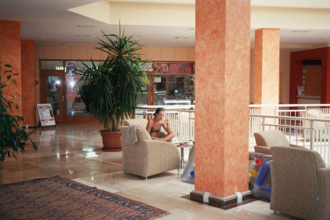 Hotelfoyer Hotel Side Serenis