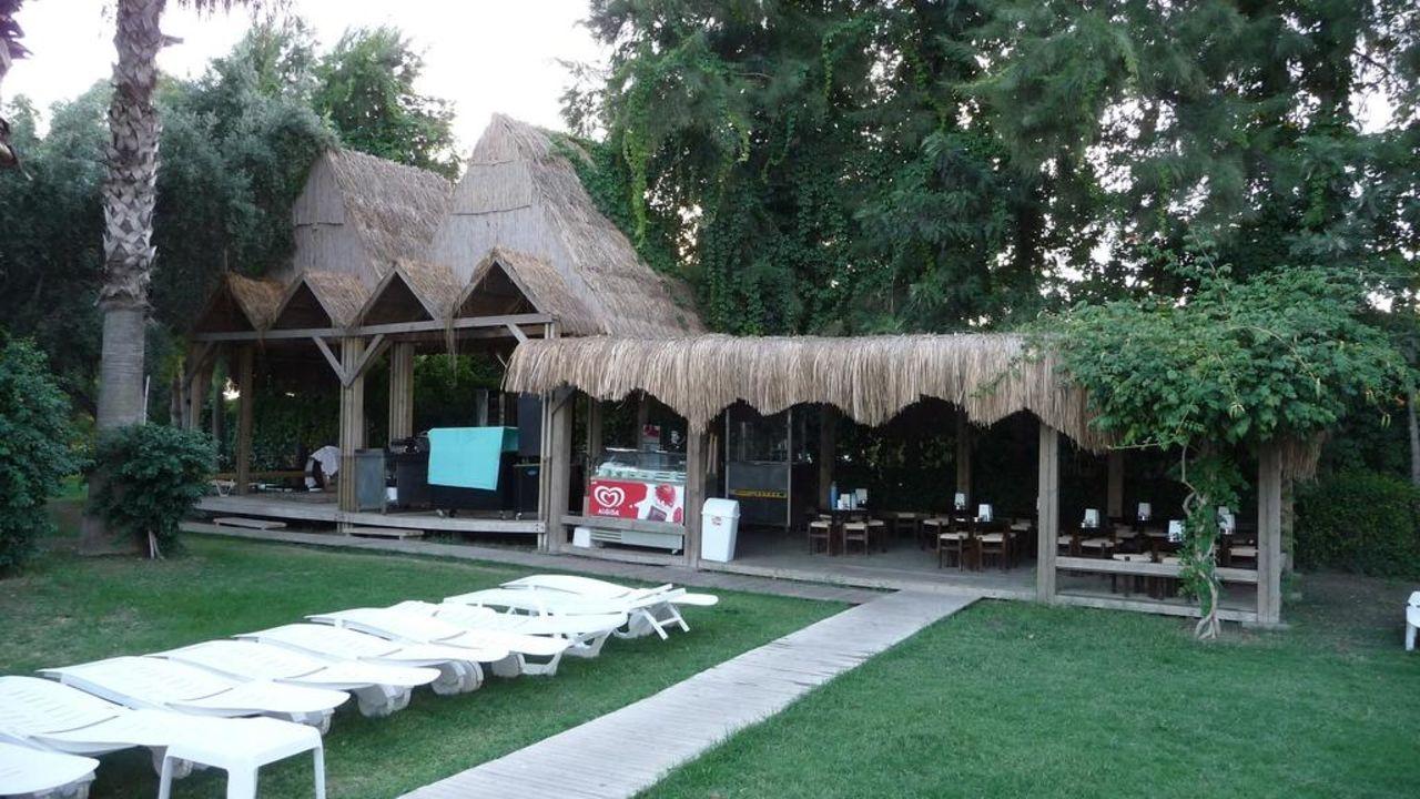 Gartenrestaurant Hotel Terrace Beach Resort