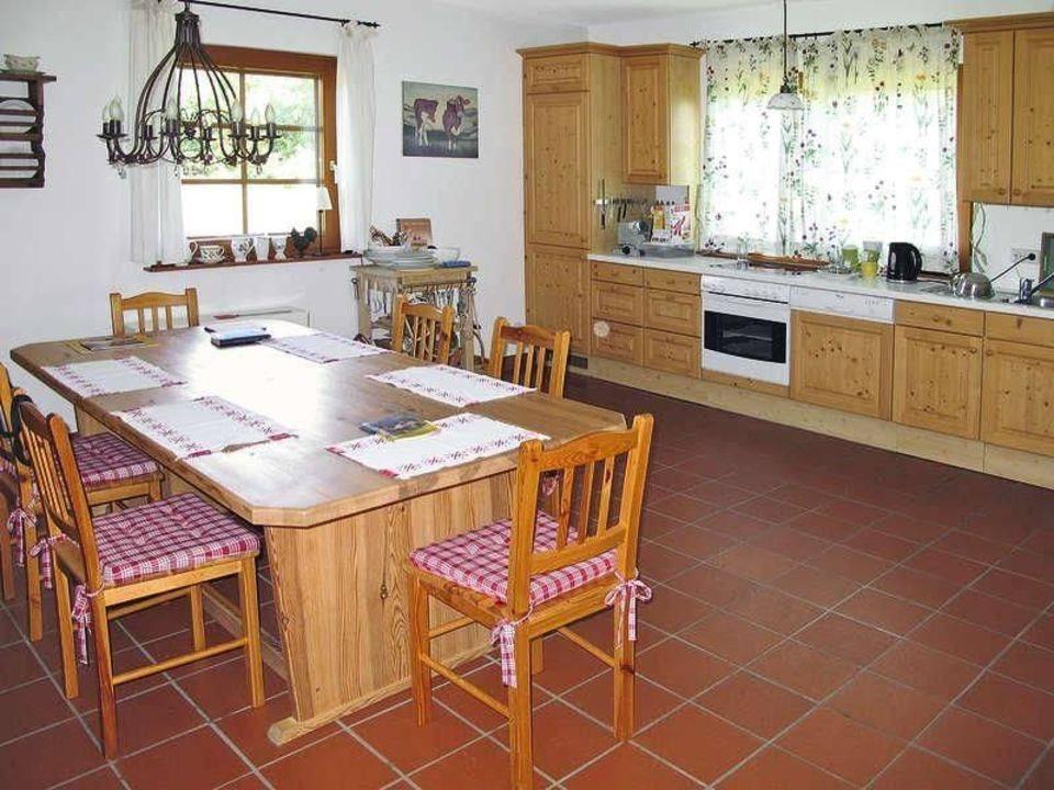 Die Gemutliche Wohnkuche Mit Essplatz Ferienhaus Motschnigg Velden