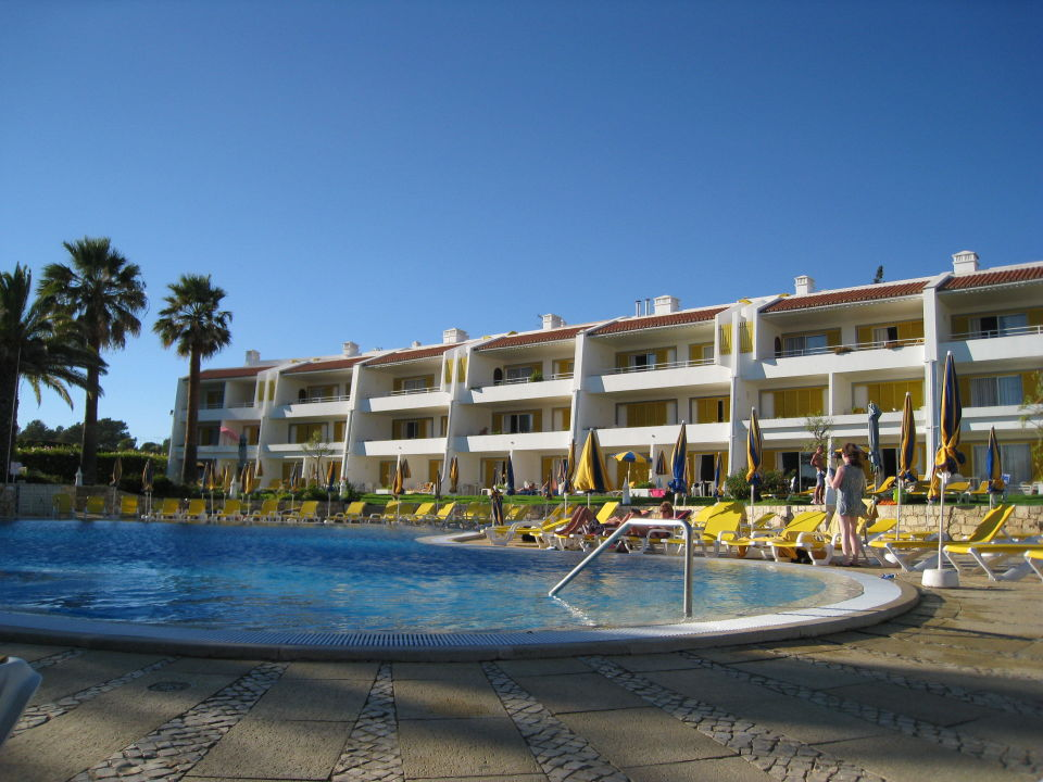 Quot Appartments Geb 228 Ude A Von Der Poolanalge Aus Quot Hotel Jardim Do Vau In Praia Do Vau
