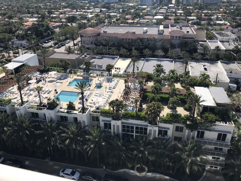 Pool Grand Beach Hotel Surfside West Bal Harbour Holidaycheck