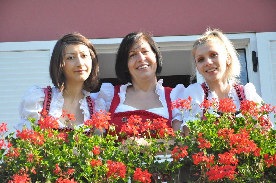 Lo staff dell'hotel Hotel Sandro